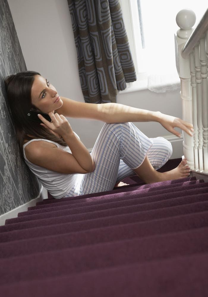 Removing-Carpet-on-the-Stairs-Read-This